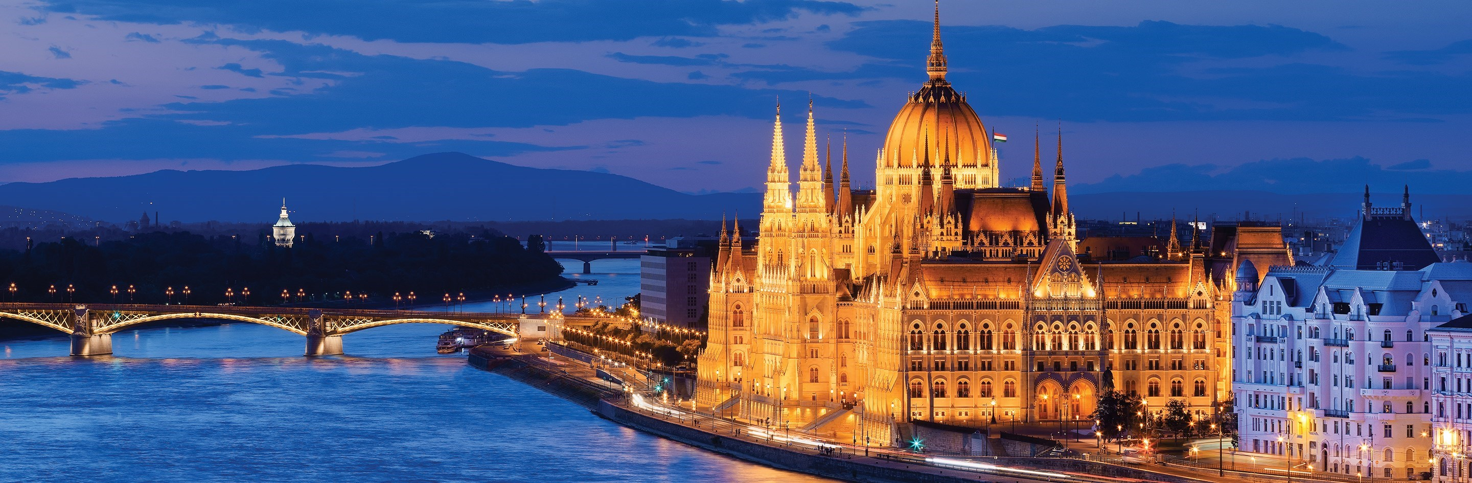 https://www.amawaterways.com/Assets/Cruises/Large/theromanticdanube_Budapest_DSC4394_hero.jpg