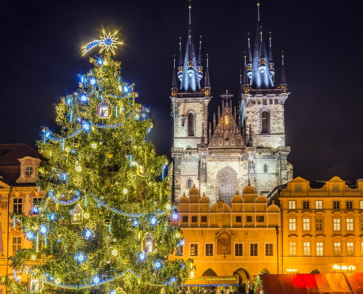 2020 Christmas River Cruises 2021 Christmas Market Cruises | AmaWaterways™