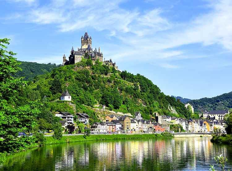 Europes_Rivers_Castles