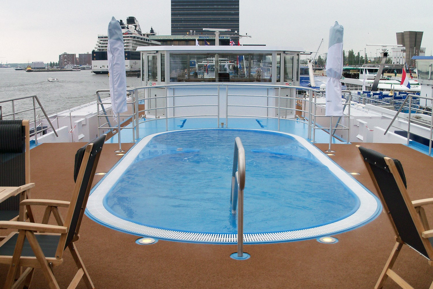 Amaverde river cruise ship amawaterways for River cruise ships with swimming pool